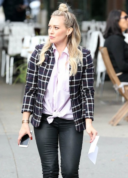 Hilary+Duff+Films+Younger+NYC+9sJWpDtIuAFl